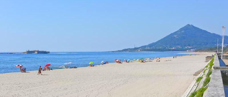 Praia de Moledo - nacionalidade portuguesa