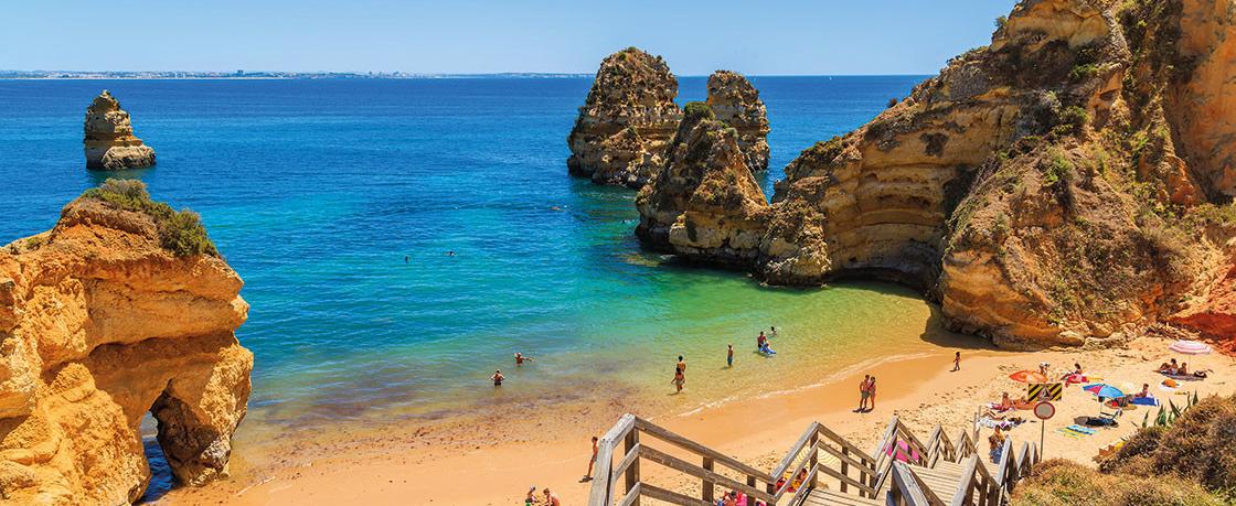 Praia do Camilo - nacionalidade portuguesa