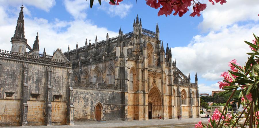 Mosteiro da Batalha - nacionalidade portuguesa