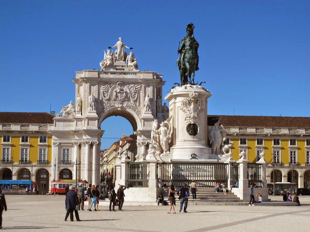 Terreiro do Paço - nacionalidade portuguesa