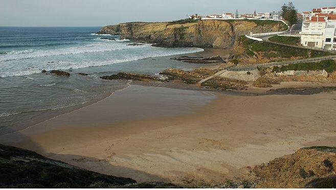 praia da zambujeira do mar - nacionalidade portuguesa - costa vicentina