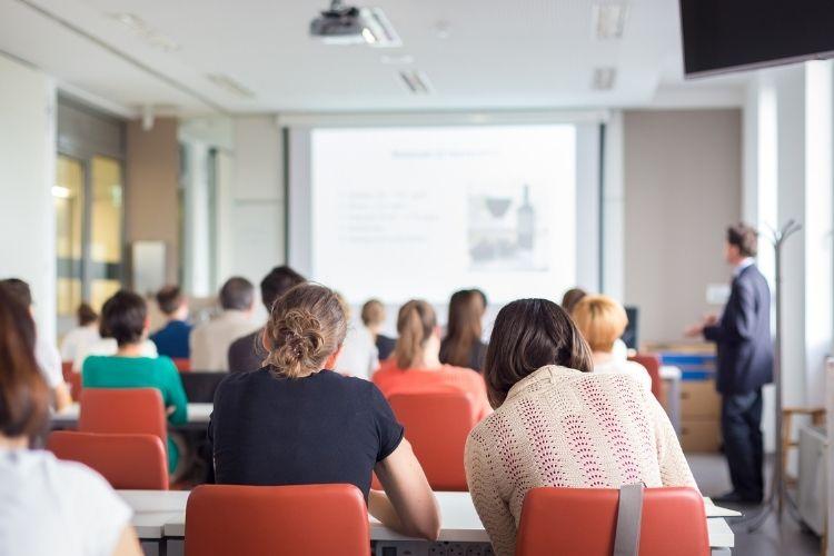 Curso de mestrado em Portugal