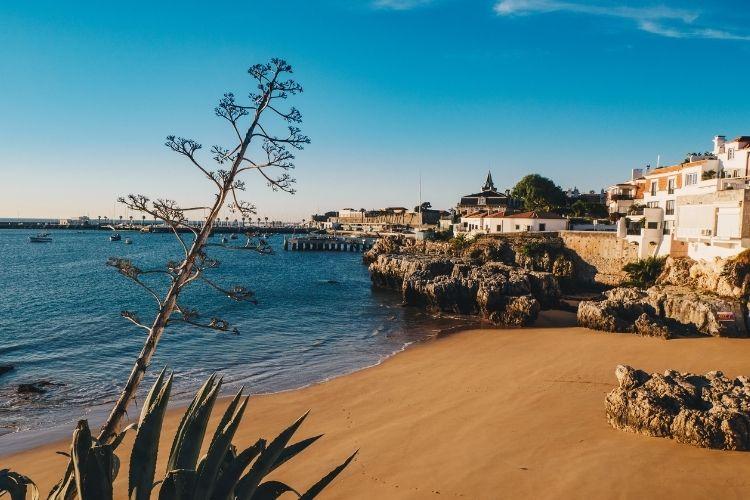 praia da rainha cascais