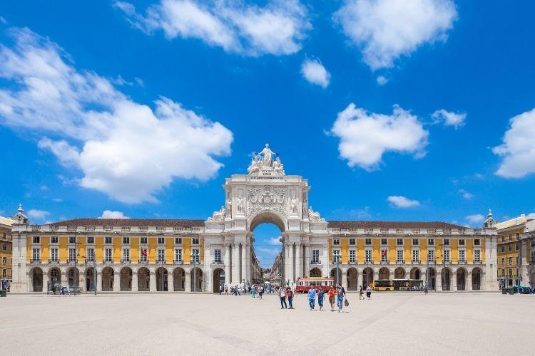 Autorização de residência para brasileiros em Portugal
